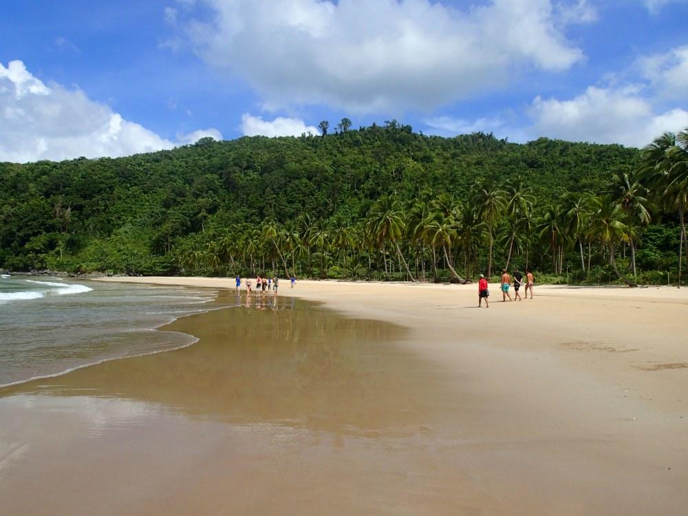 Der noch menschenleere Nacpalm Beach