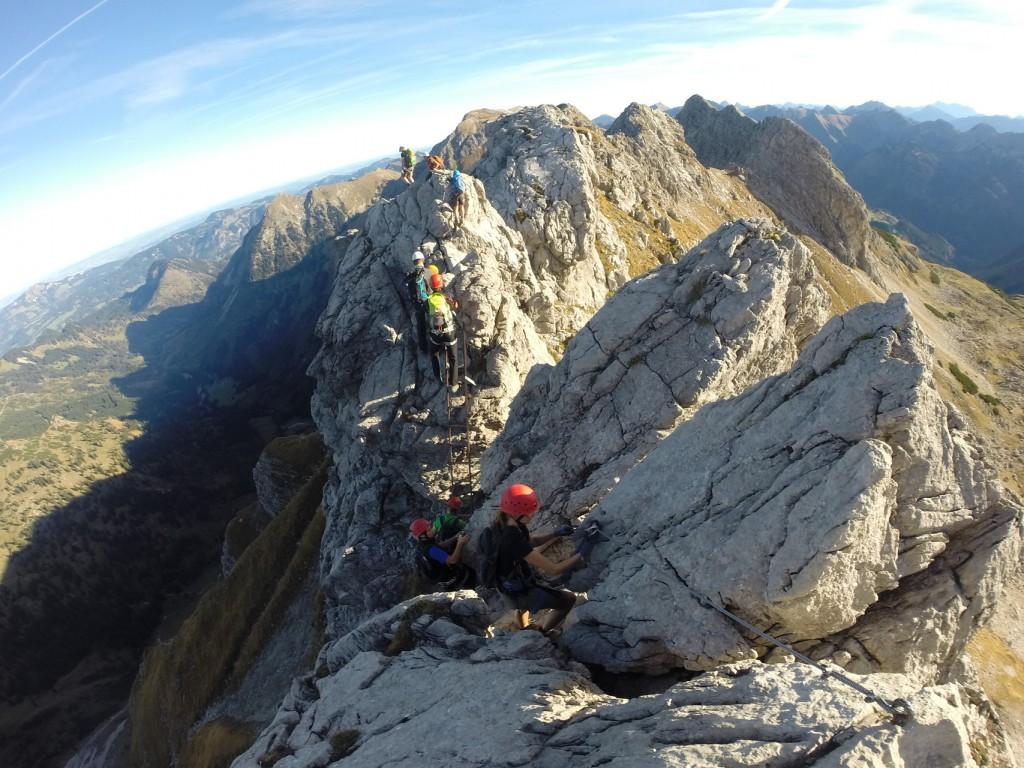 Hindelanger Klettersteig Ungesicherte Stellen : Hohe gänge hindelanger klettersteig