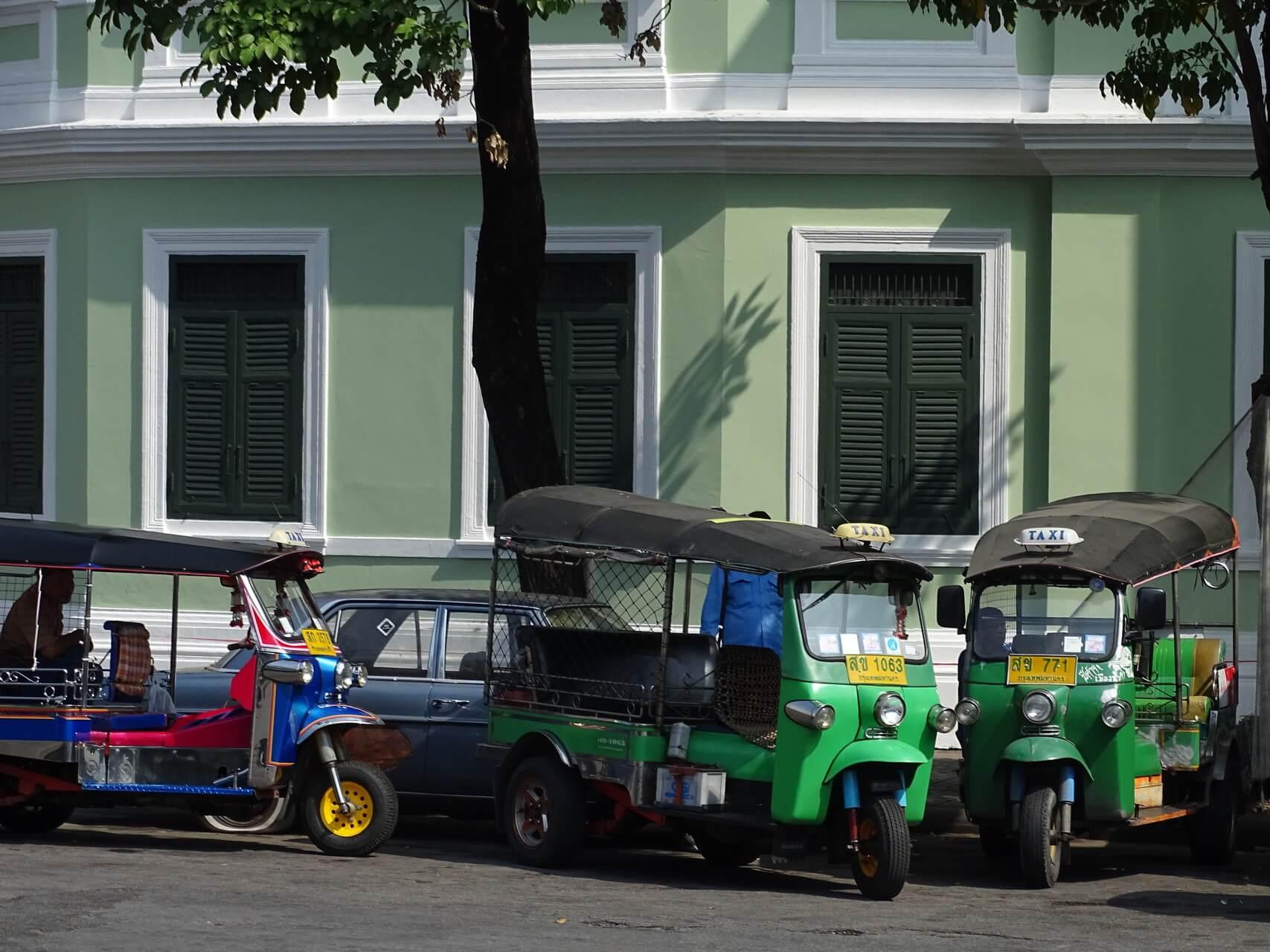 zum ersten mal bangkok tipps und sehensw rdigkeiten f r. Black Bedroom Furniture Sets. Home Design Ideas