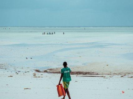 Fischer am Strand von paje