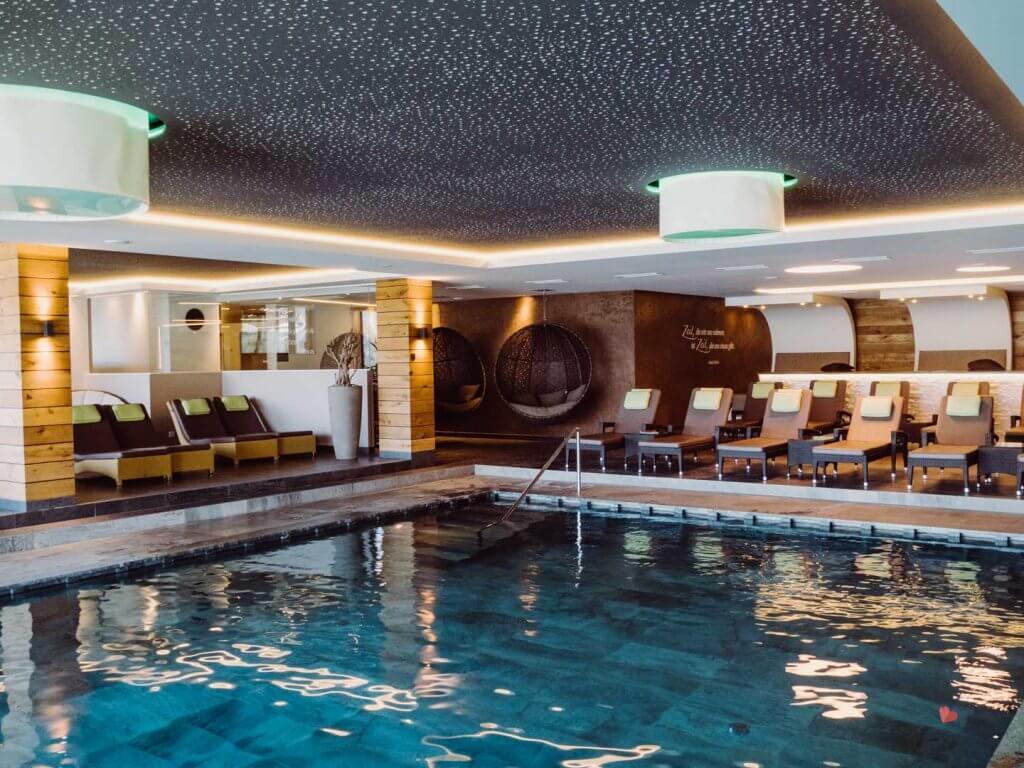 Poolbereich im Hotel das Gerstl