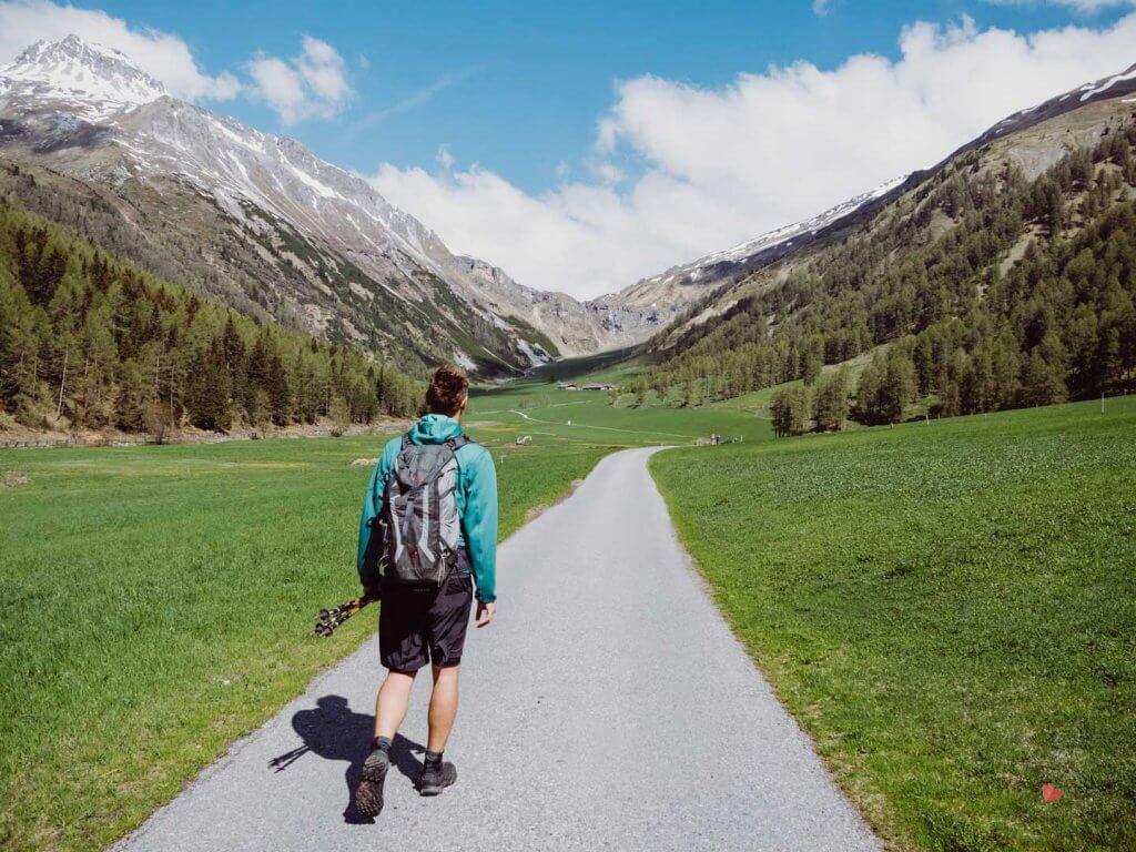 Wanderweg zur Alp Planbell bzw Sesvenna Hütte