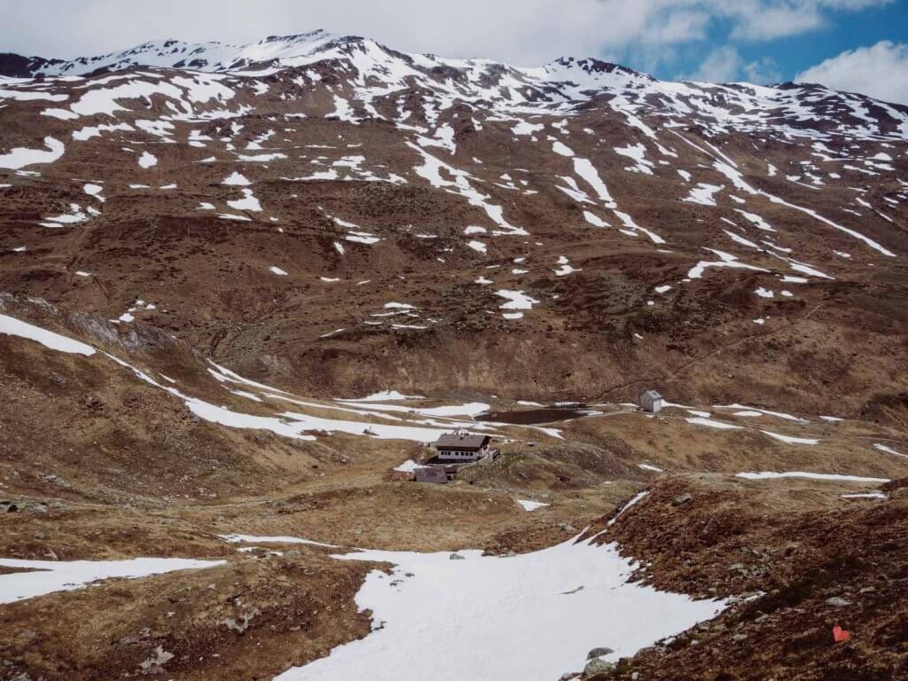 Blick auf die Sesvenna Hütte